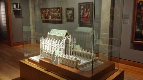 Maquette de la cathédrale Saint-Etienne de Bourges réalisée par Antoine Polissois en plâtre moulé, 1977-1978, Musée des Beaux-arts de Montréal. Cliché Jessica de Bideran, mars 2015.